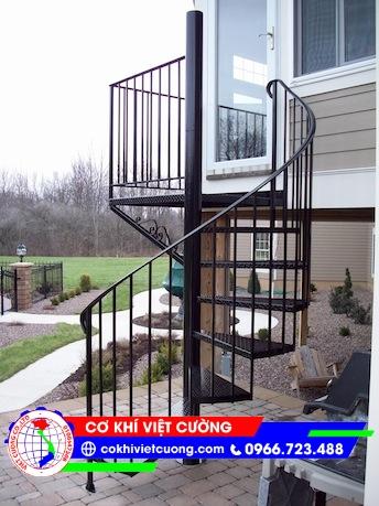 Cầu thang xoắn - Mẫu 02